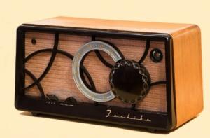tube-radio-67772_1280